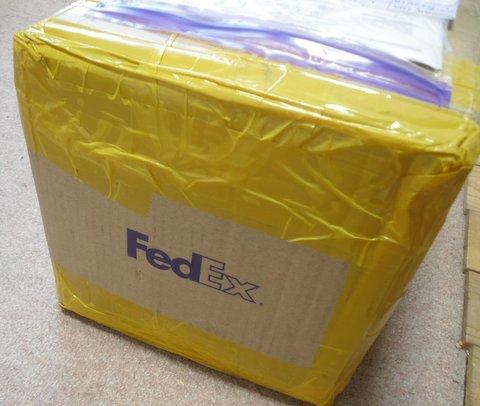 フェッデックスの荷物
