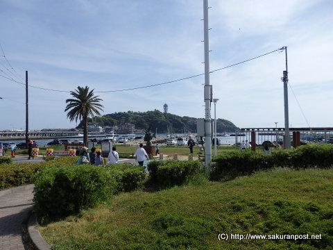 江の島の湘南海岸入り口